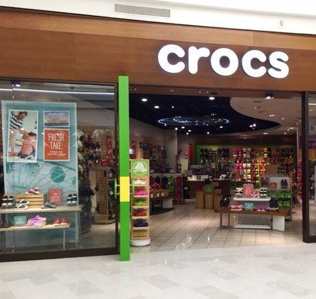 Crocs storefront. Your local Shoe Store in Bloomington, MN.