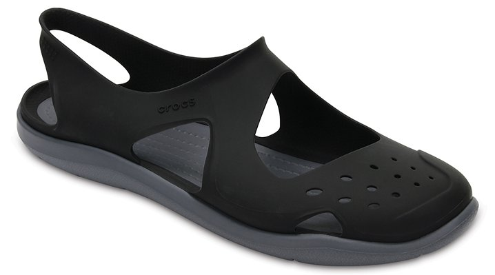 Crocs Black Women's Swiftwater Wave Shoes
