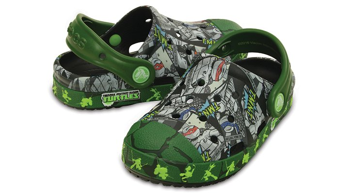 Crocs Black / Seaweed Kids' Crocs Bump It Teenage Mutant Ninja Turtles™ Clog Shoes