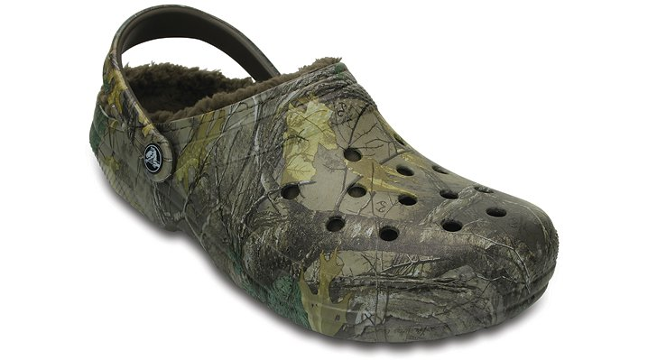 Crocs Chocolate / Chocolate Classic Realtree Xtra® Fuzz Lined Clog Shoes