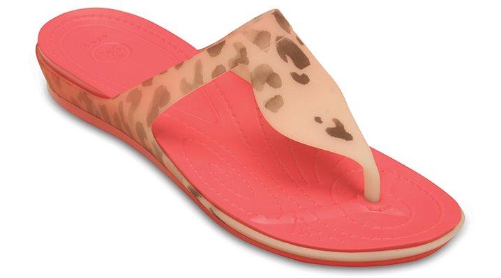 Crocs Coral / Coral Women'S Crocs Rio Leopard Fade Flip Shoes