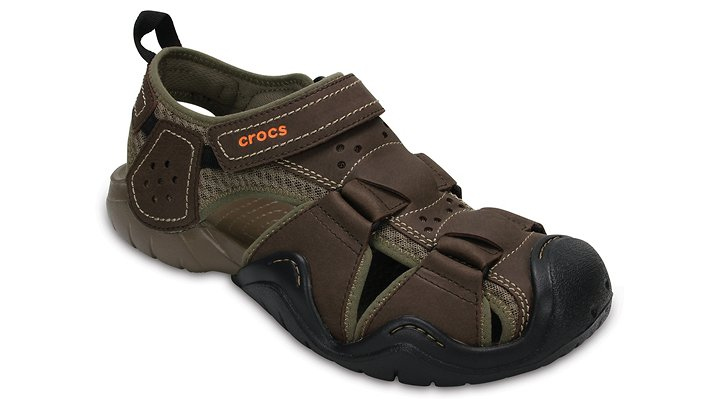 Crocs Espresso / Walnut Men's Swiftwater Leather Fisherman Shoes