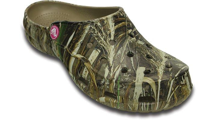 Crocs Khaki Women's Crocs Freesail Realtree Max-5® Clog Shoes
