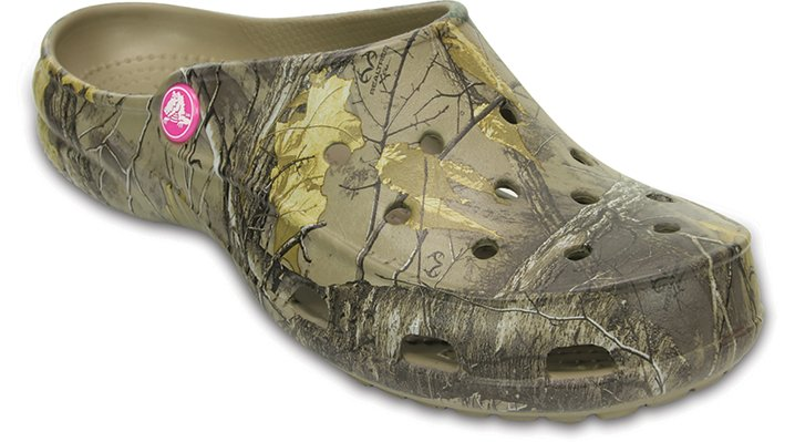 Crocs Khaki Women's Crocs Freesail Realtree Xtra® Ii Clog Shoes