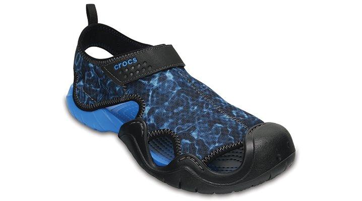 Crocs Ocean / Black Men's Swiftwater Graphic Sandals Shoes