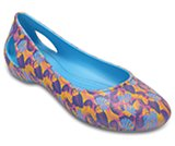 crocs laura graphic flat w