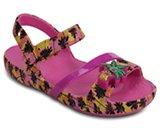 Sandales légères Lina de Crocs pour enfants