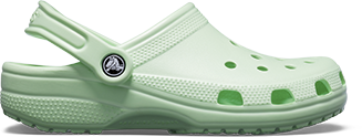 Crocs Classic Clog in New Mint