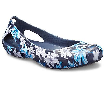 74410246f66db6 Women s Kadee Graphic Flat - Crocs