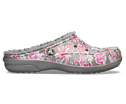 49a173fe426 Women's Crocs Freesail Graphic Fuzz-Lined Clog - Crocs