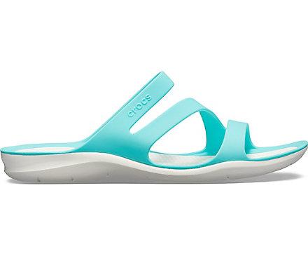 86cbf3001380 Sandales souples Swiftwater pour femmes de Crocs