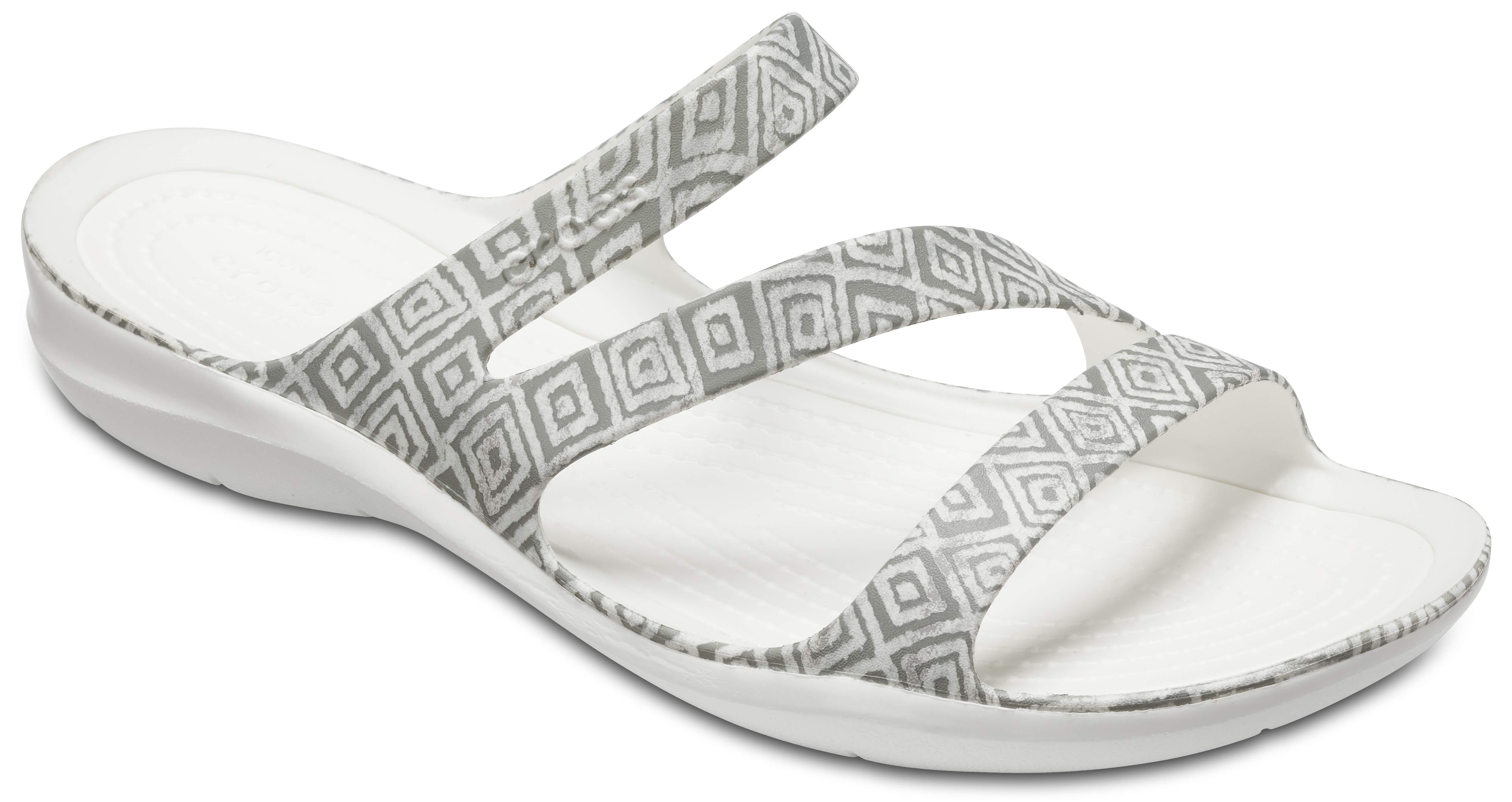 Crocs SWIFTWATER GRAPHIC - Pool sliders - grey diamond/white