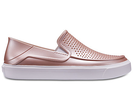 Crocs Women's Citilane Roka Perforated Metallic Slip-Ons 5VPQt2Qkuc