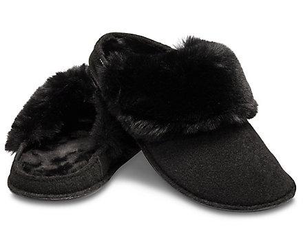 67c2d26cb Classic Luxe Slipper - Crocs