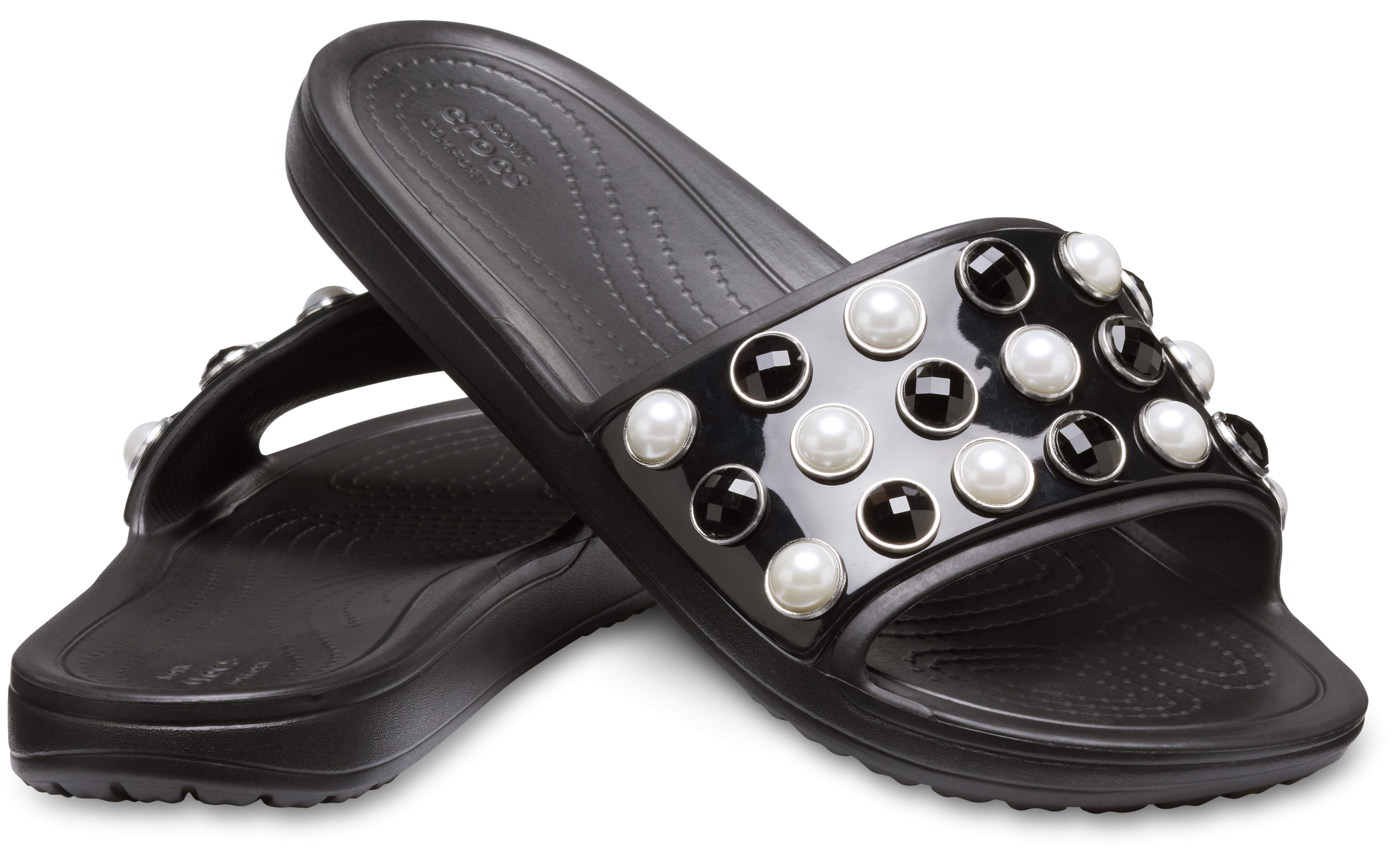 crocs sloane timeless clash pearls slide