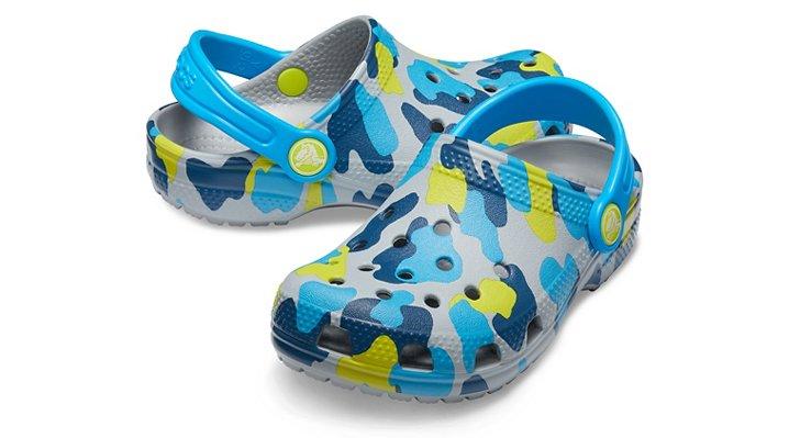 Crocs-Kids-Classic-Seasonal-Graphic-Clog thumbnail 15