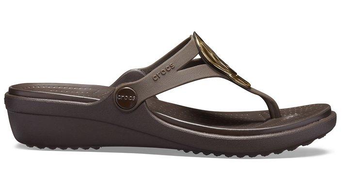 Crocs-Womens-Sanrah-Liquid-Metallic-Wedge-Flip thumbnail 14