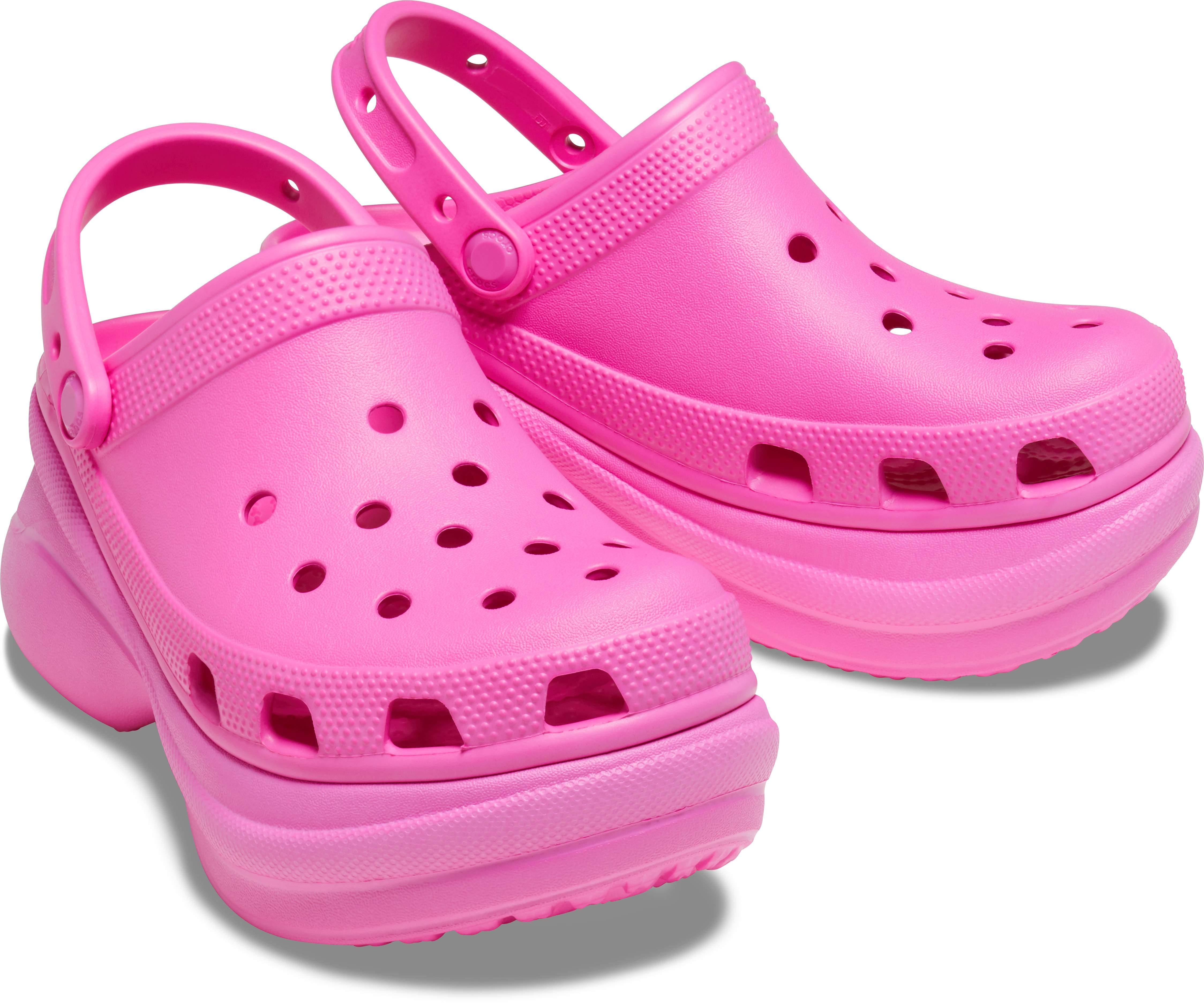 Tongs de Loisirs et v/êtements de Sport pour Femmes Crocs Classic Bae Clog W