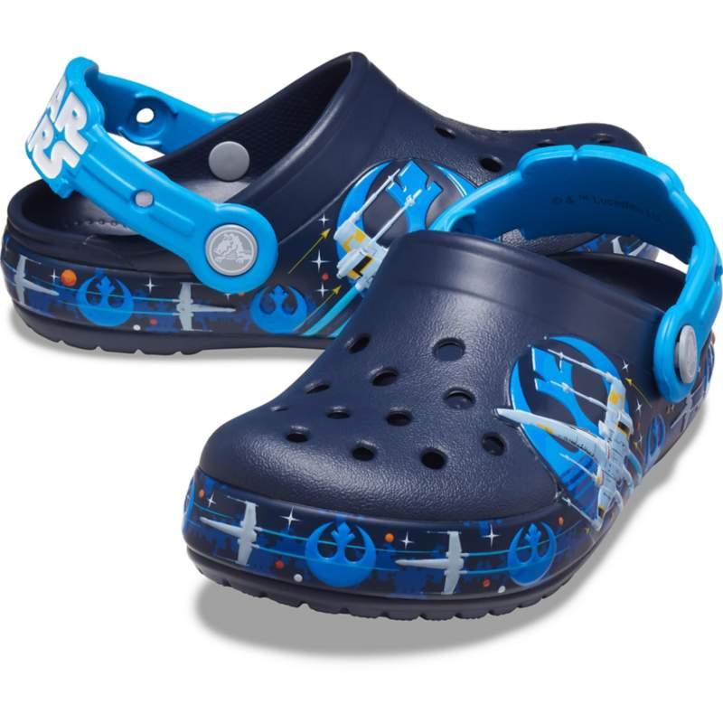 [クロックス公式] クロッグ クロックス ファン ラブ 「ルーク・スカイウォーカー™」 ライトクロッグ キッズ ボーイズ、キッズ、子供用、男の子 ブルー/青 20cm Kids' Crocs Fun Lab Lights Clog 'Luke