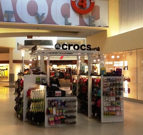 Crocs storefront. Your local Shoe Store in Miami, FL.