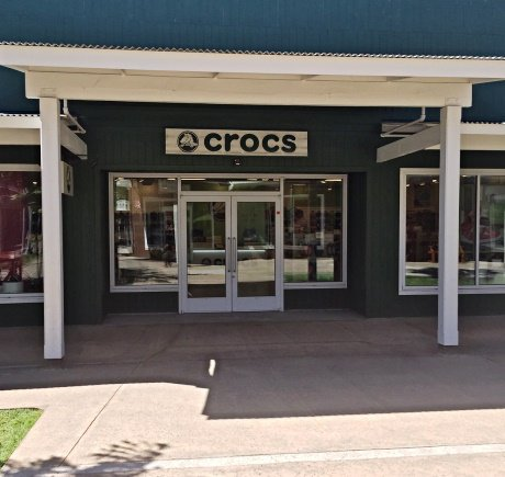 Crocs storefront. Your local Shoe Store in Lahaina, HI.