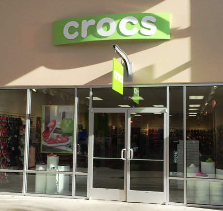Crocs storefront. Your local Shoe Store in Tulalip, WA.