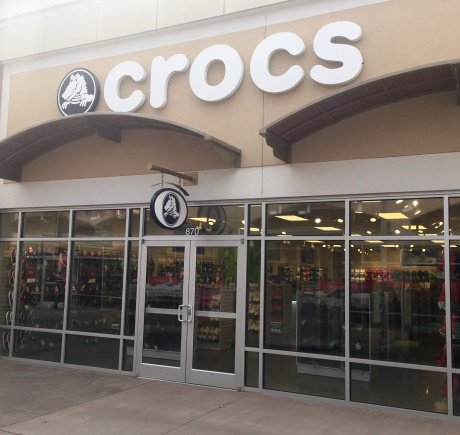Crocs storefront. Your local Shoe Store in National Harbor, MD.
