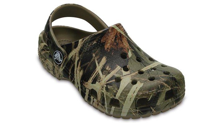 a49e7fc7dc2b Kids  Classic Realtree® Clog - Crocs